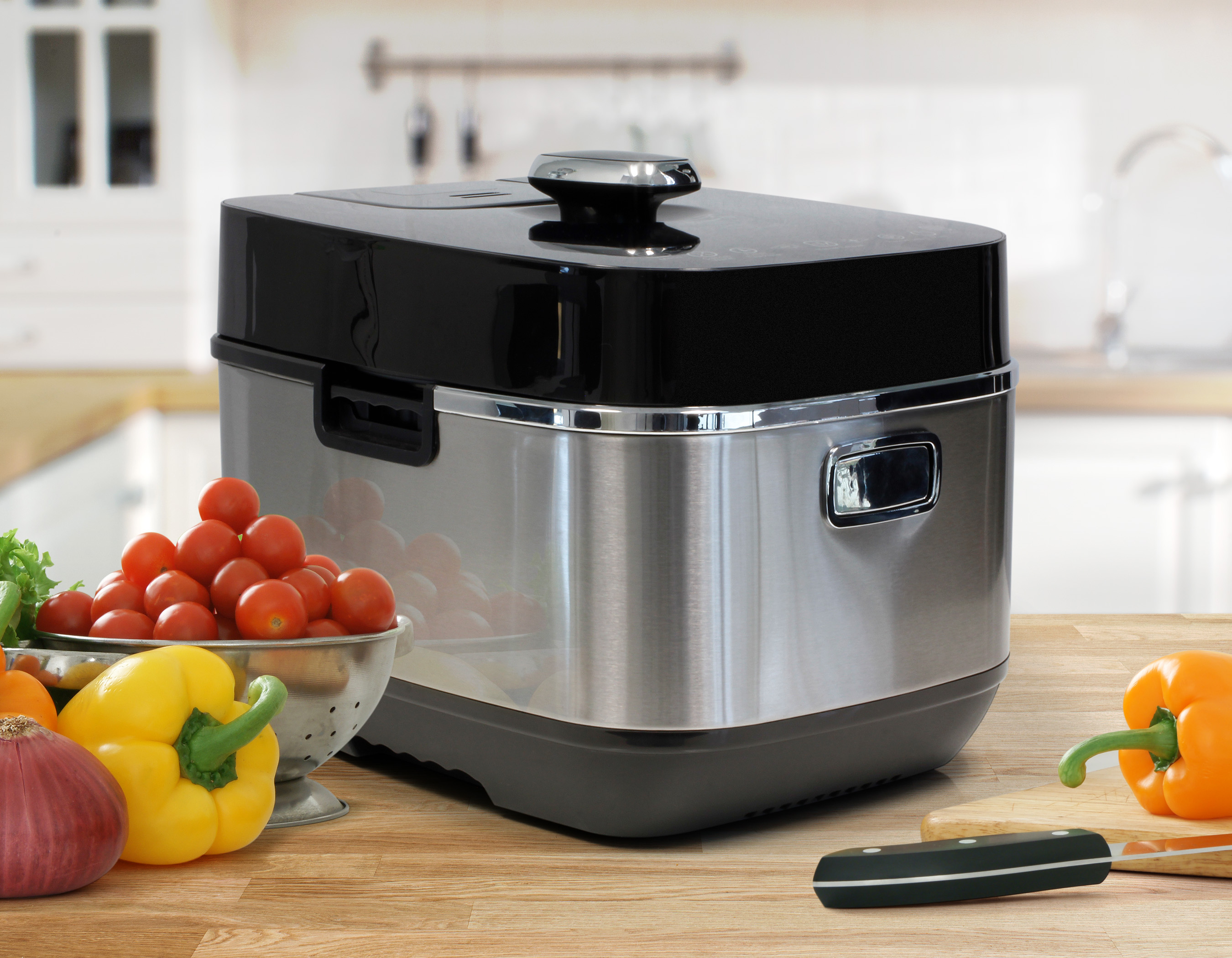 6Qt_Pressure_Cooker_front_angle_lifestyle